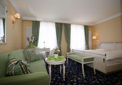 Wellnesshotel Moknis im Schwarzwald das Doppelzimmer Luxus Rossini Bad Wildbad im Wellnesshotel