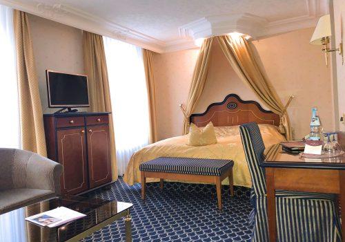Doppelzimmer Rossini Superior Bad Wildbad im Wellnesshotel Moknis im Schwarzwald
