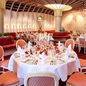 Festsaal im Badhotel für Hochzeiten, Geburtstage, Konfirmationen in Bad Wildbad Schwarzwald