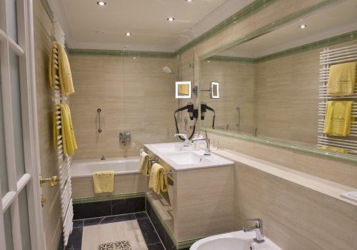 Badhotel Comfort Badezimmer